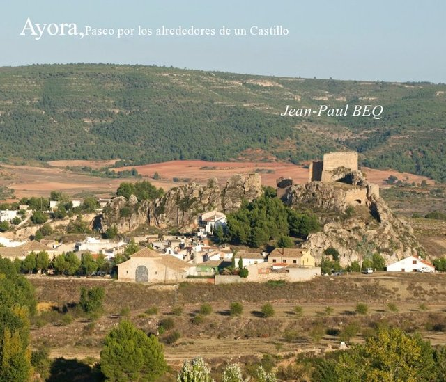 Ayora,Paseo por los alrededores de un Castillo