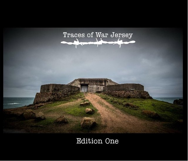 Traces of War Jersey
